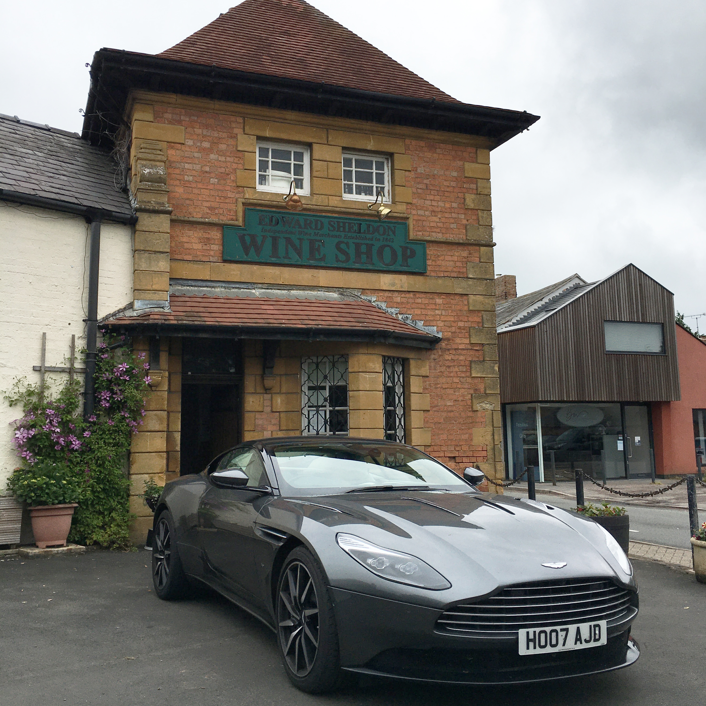 DotW, Memorabilia, Footie, New Ins and Car's the Star
